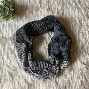 UO Pins & Needles Knit Infinity Scarf